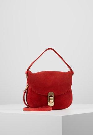 MIGNON - Skulderveske - polish red