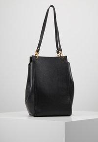 Coccinelle - MADELAINE - Handbag - noir - 2