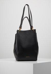 Coccinelle - MADELAINE - Handbag - noir - 0