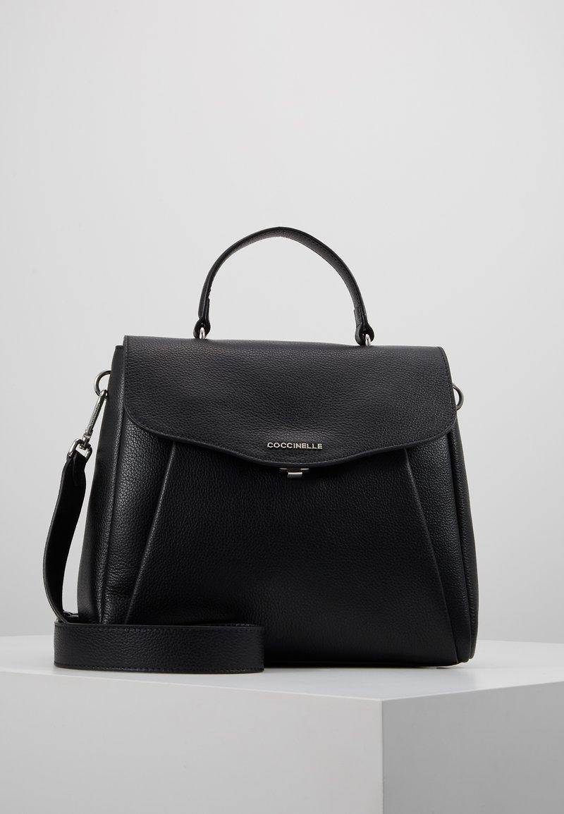 Coccinelle - ANDROMEDA - Handtasche - noir