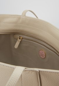 Coccinelle - Shopping Bag - seashell - 4