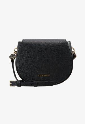 ALPHA SADDLE - Across body bag - noir