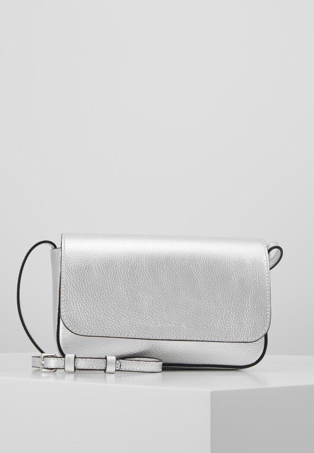 ANNETTA MINI BAG - Sac bandoulière - silver