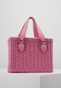Coccinelle - BORSA  - Handbag - gum - 3