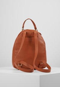 Coccinelle - ALPHA MINI BACKPACK - Reppu - tan - 3