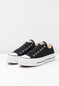 Converse - CHUCK TAYLOR ALL STAR LIFT - Trainers - black/garnet/white - 4