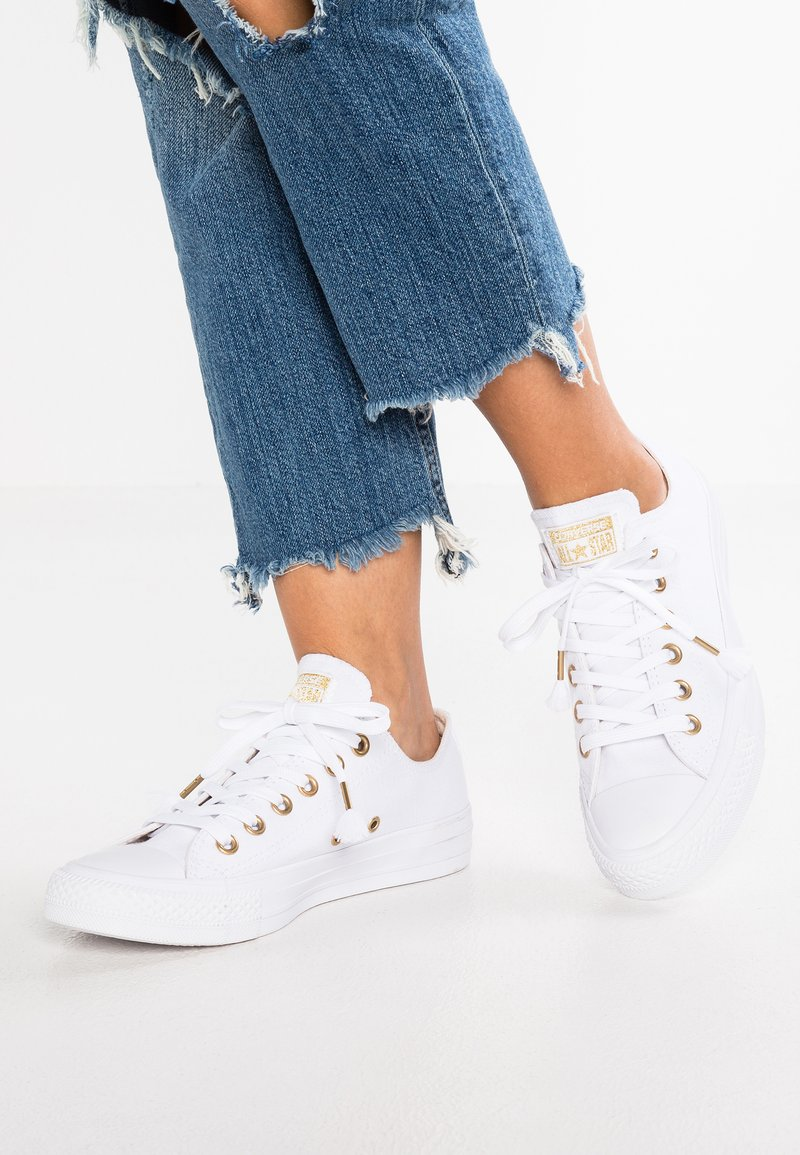Converse - CHUCK TAYLOR ALL STAR  - Trainers - white/driftwood