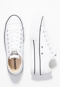 Converse - CHUCK TAYLOR ALL STAR LIFT CLEAN - Zapatillas - white/black - 5