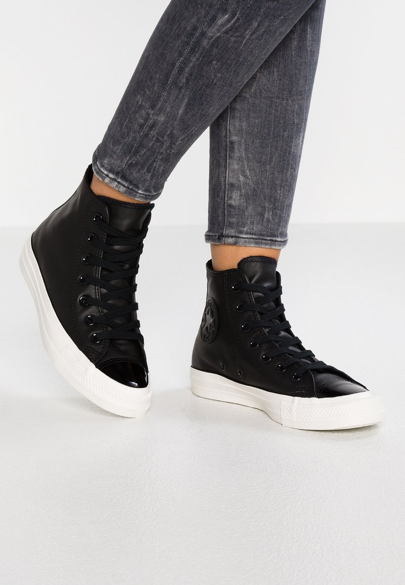 Converse - CHUCK TAYLOR ALL STAR - High-top trainers - black/vintage white