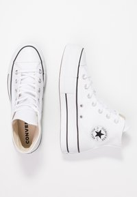 Converse - CHUCK TAYLOR ALL STAR LIFT - High-top trainers - white/black - 3