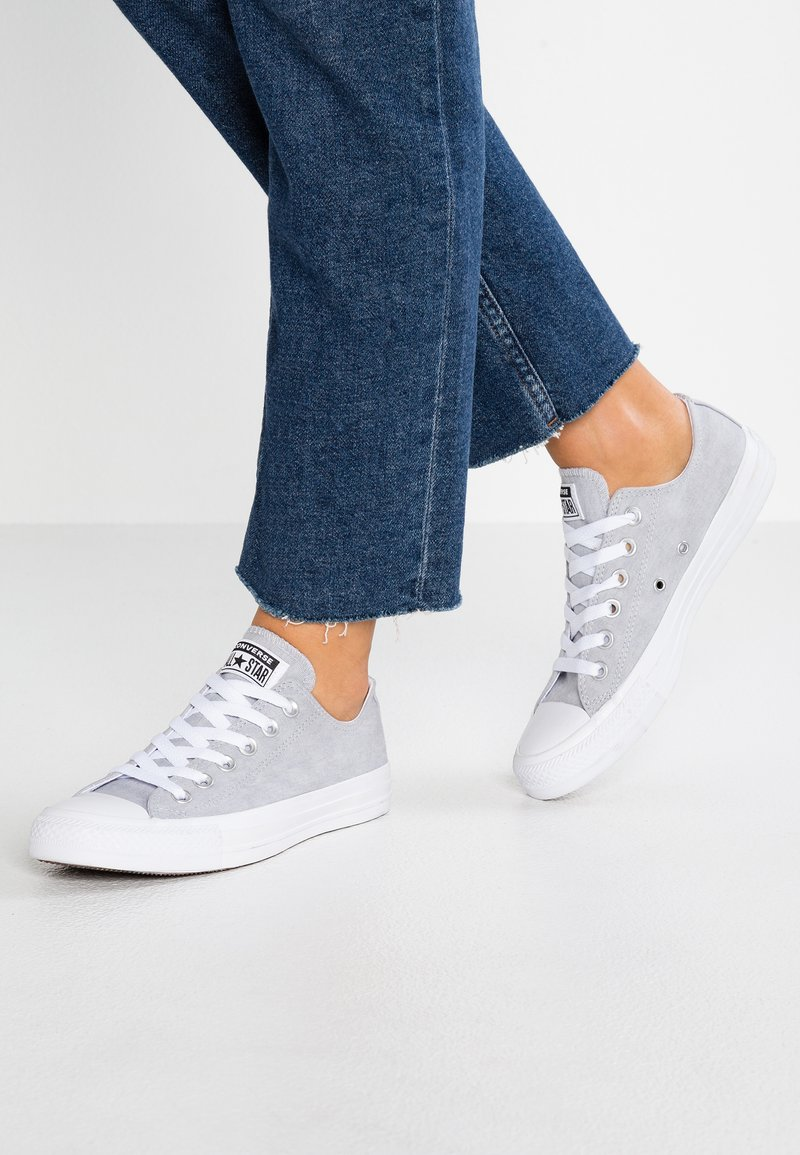 Converse - CHUCK TAYLOR ALL STAR - Trainers - wolf grey/white