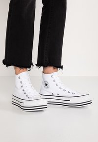 Converse - CHUCK TAYLOR ALL STAR PLATFORM - Sneakers hoog - white - 0