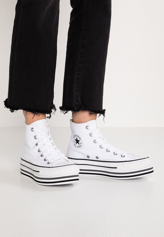 CHUCK TAYLOR ALL STAR PLATFORM - Høye joggesko - white