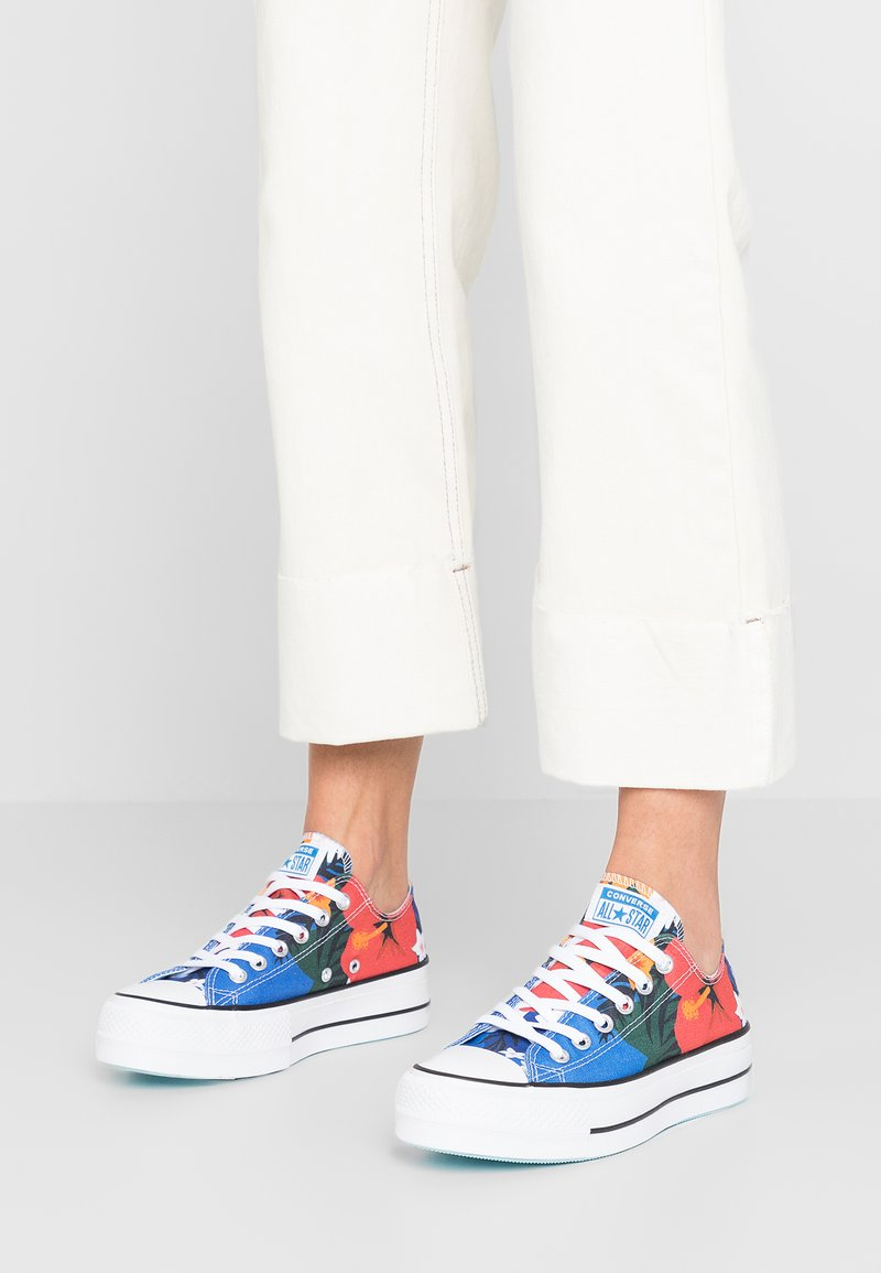Converse - CHUCK TAYLOR ALL STAR LIFT - Zapatillas - totally blue/white/black