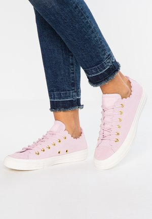 CHUCK TAYLOR ALL STAR - Trainers - pink foam/gold/egret