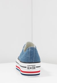 Converse - CHUCK TAYLOR ALL STAR PLATFORM LAYER - Joggesko - ensign blue/white/black - 5