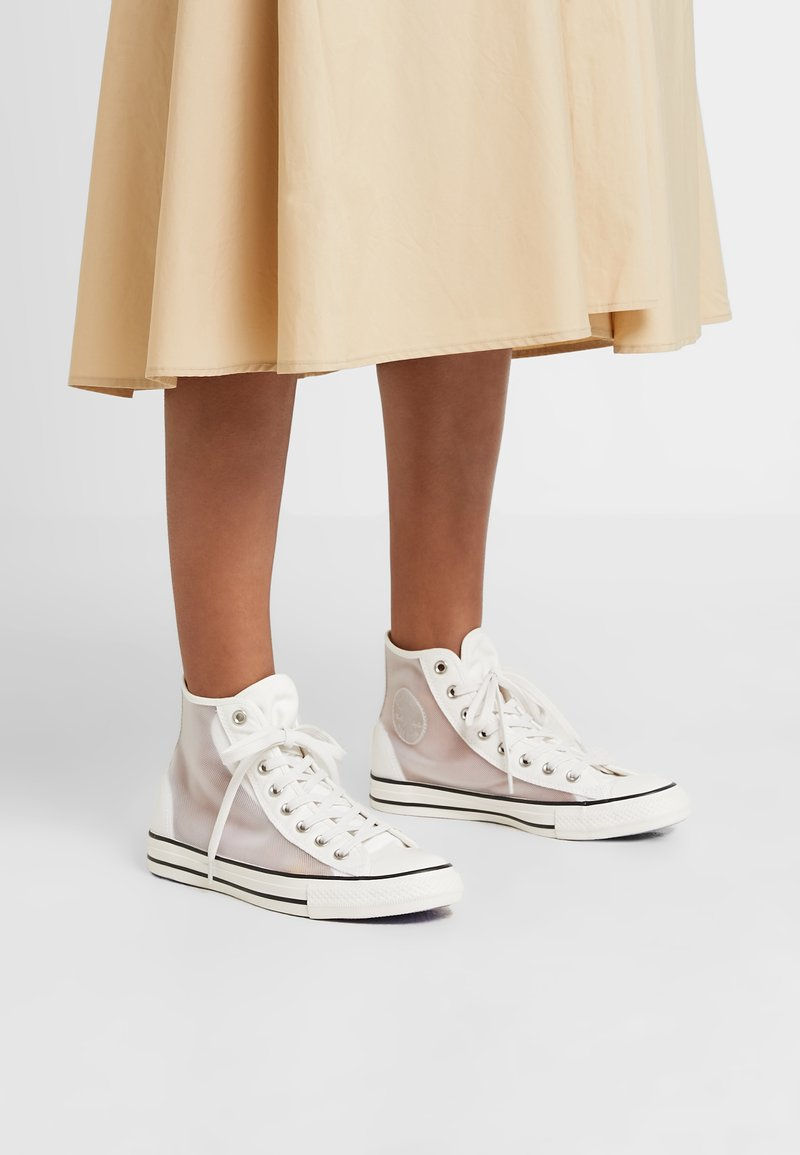 Converse - CHUCK TAYLOR  - High-top trainers - vintage white/white/black