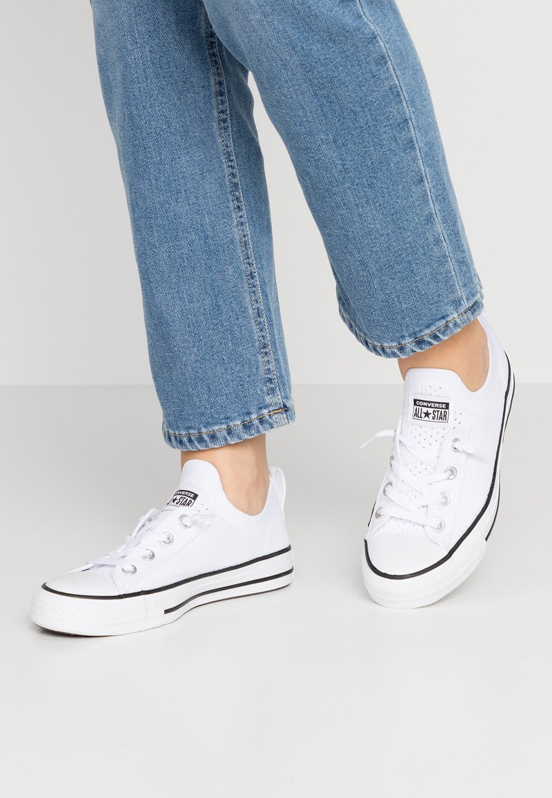 Converse - CHUCK TAYLOR  - Trainers - white