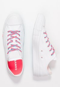 Converse - CHUCK TAYLOR  - Joggesko - white/racer pink/gnarly blue - 3