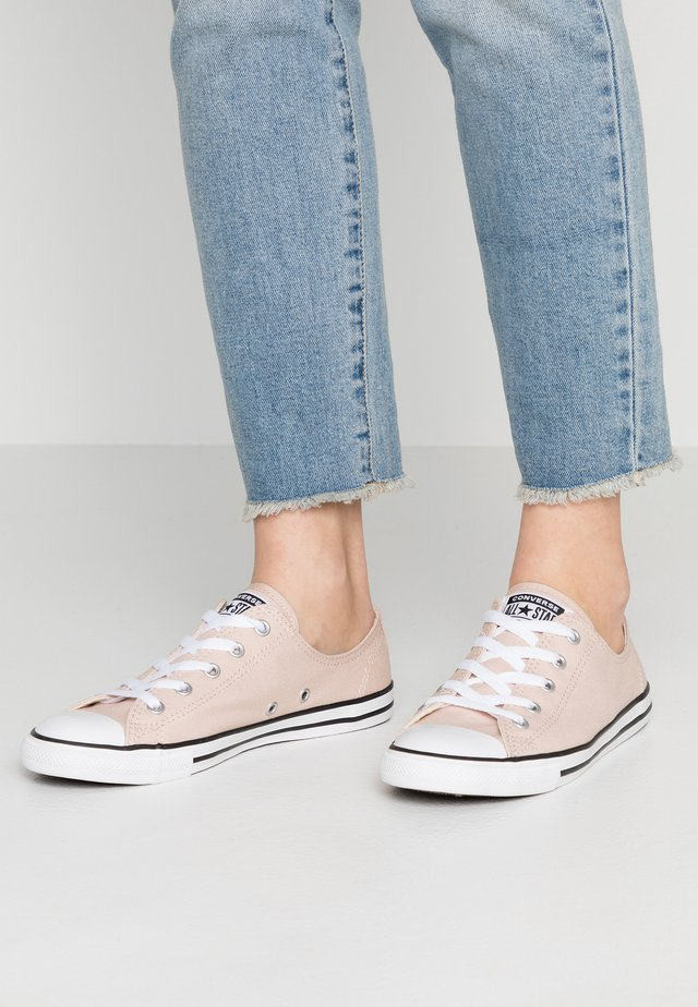 DAINTY - Sneakers laag - particle beige/white/black