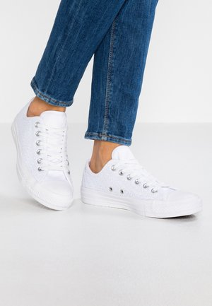 CHUCK TAYLOR - Baskets basses - white/egret