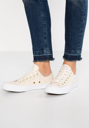 CHUCK TAYLOR  - Sneaker low - natural ivory/antique brass/white