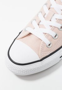Converse - CHUCK TAYLOR - Sneaker low - particle beige - 2
