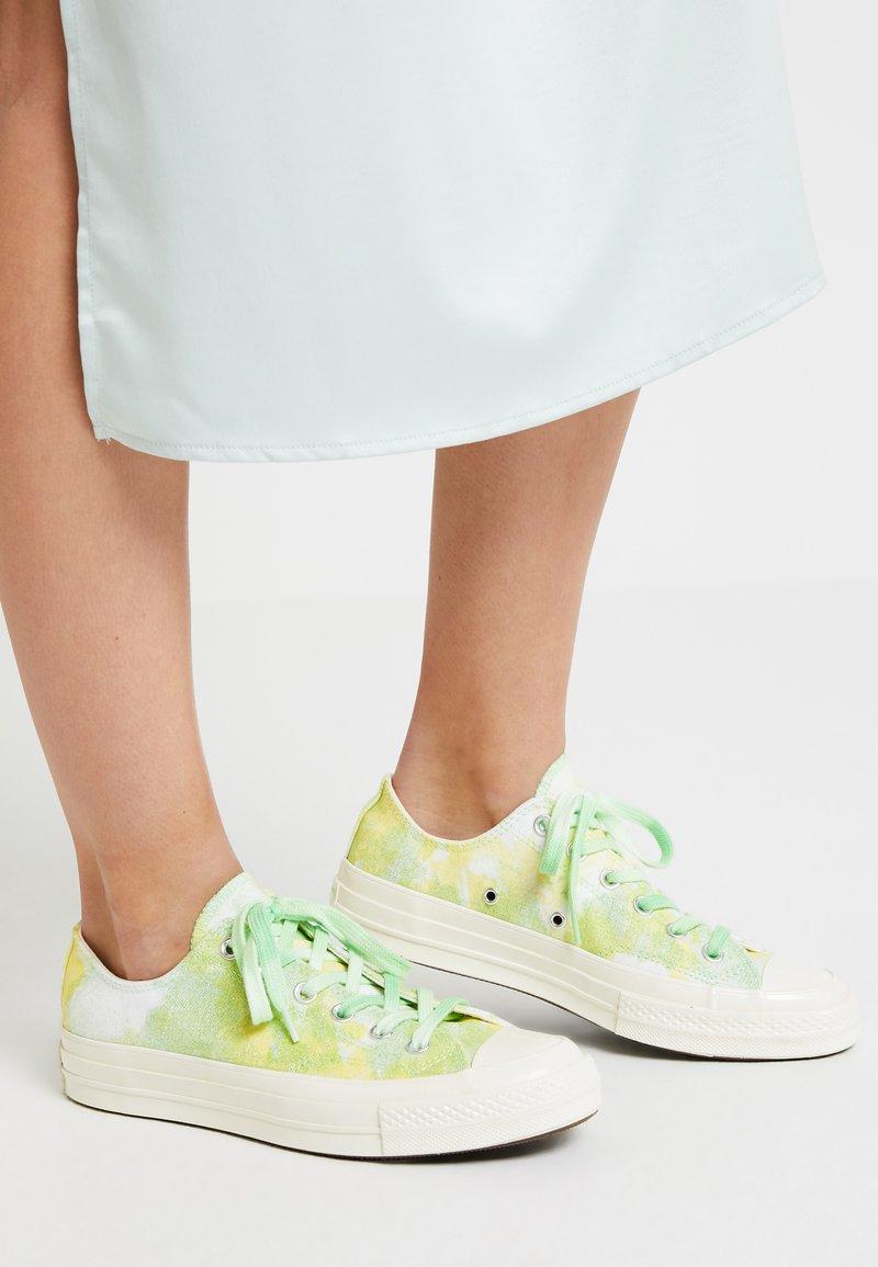 Converse - CHUCK 70 - Sneaker low - light aphid green/fresh yellow/egret