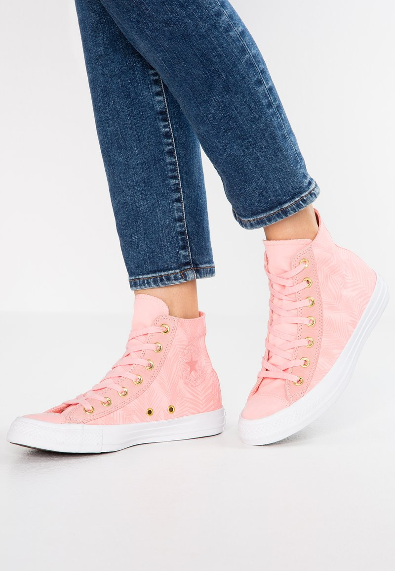 Converse - CHUCK TAYLOR  - Sneakers hoog - bleached coral/antique brass/white