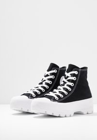 Converse - CHUCK TAYLOR ALL STAR LUGGED - High-top trainers - black/white - 6