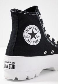 Converse - CHUCK TAYLOR ALL STAR LUGGED - High-top trainers - black/white - 2