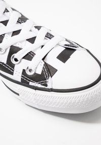Converse - CHUCK TAYLOR ALL STAR GLAM DUNK - Joggesko - white/black - 2