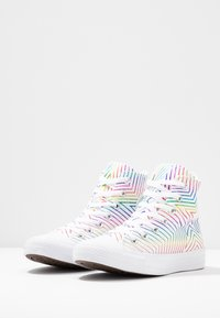Converse - CHUCK TAYLOR ALL STAR - Sneakers alte - white - 4