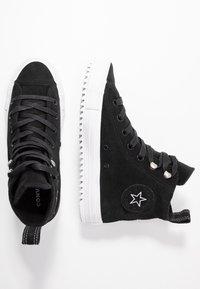 Converse - CHUCK TAYLOR ALL STAR HIKER FINAL FRONTIER - Høye joggesko - black/white - 3