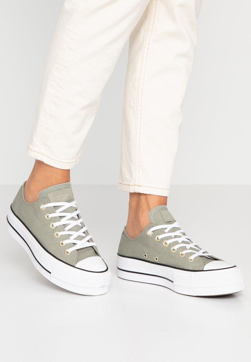 Converse - CHUCK TAYLOR ALL STAR LIFT SEASONAL - Joggesko - jade stone/white/black