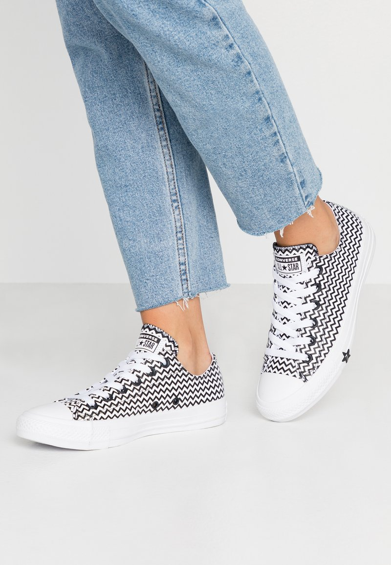 Converse - CHUCK TAYLOR ALL STAR MISSION - Trainers - white/black