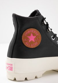 Converse - CHUCK TAYLOR ALL STAR LUGGED RETROGRADE - Baskets montantes - black/mod pink/egret - 2