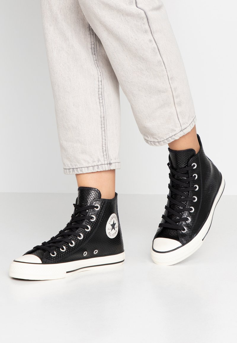Converse - CHUCK TAYLOR ALL STAR - High-top trainers - black/white