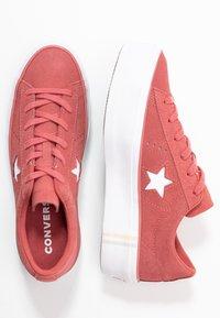 Converse - ONE STAR PLATFORM SEASONAL - Joggesko - light redwood/white - 3