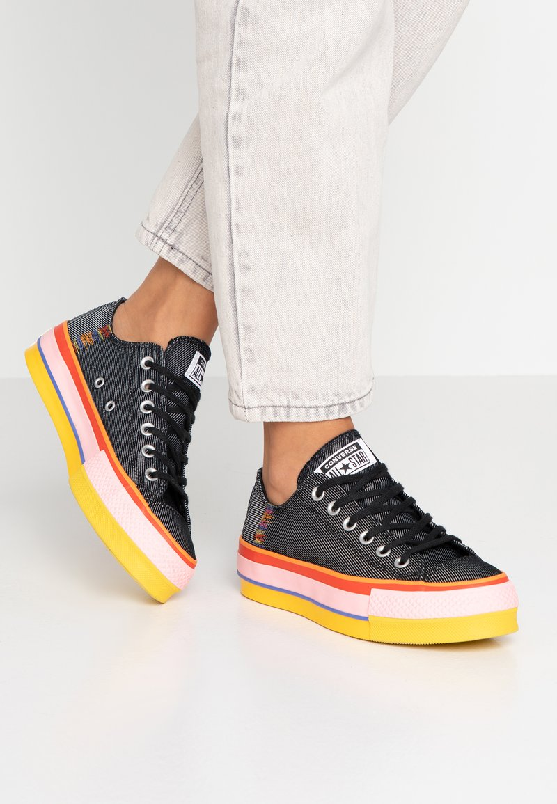 Converse - CHUCK TAYLOR ALL STAR LIFT RAINBOW - Sneaker low - black/white/coastal pink
