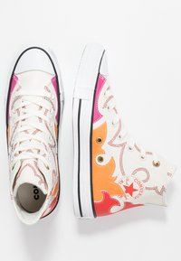 Converse - CHUCK TAYLOR ALL STAR FASHION WEEK CAPSULE - High-top trainers - egret/habanero red/orange rind - 3