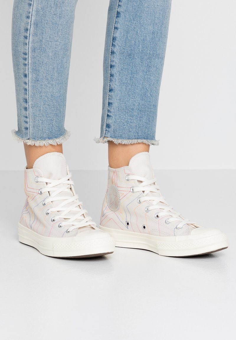 Converse - CHUCK 70 RAINBOW - Høye joggesko - white/pale putty/egret