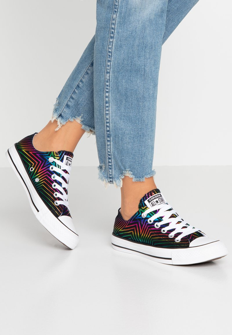 Converse - CHUCK TAYLOR ALL STAR ALL OF THE STARS - Tenisky - black/white