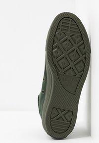 Converse - CHUCK TAYLOR ALL STAR OPI - Zapatillas altas - thyme/black - 6