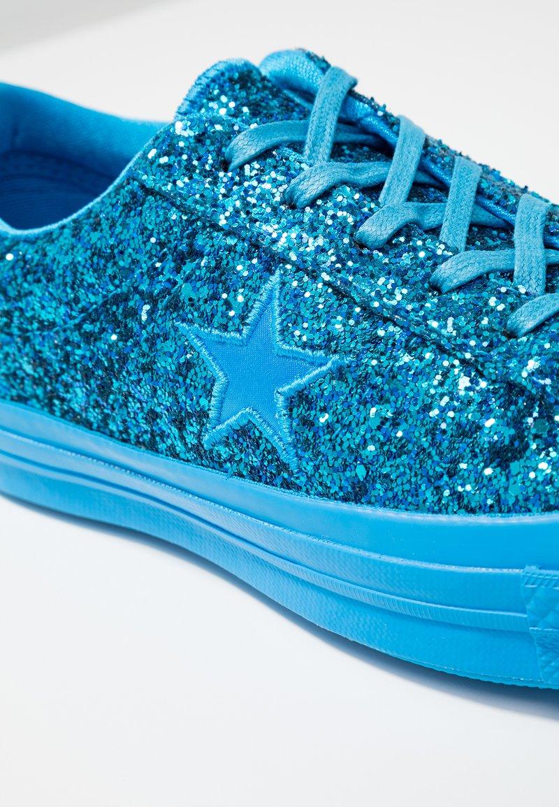 StarBaskets Hero One Blue Converse Basses fIY7b6vgy