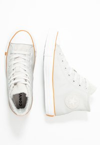 Converse - CHUCK TAYLOR ALL STAR - Høye joggesko - pale putty/white/honey - 3