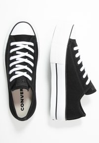 Converse - CHUCK TAYLOR ALL STAR LIFT RENEW - Sneakers basse - black/white - 5