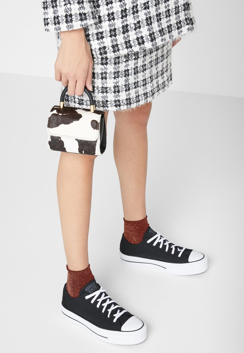 Converse - CHUCK TAYLOR ALL STAR LIFT RENEW - Sneakers basse - black/white
