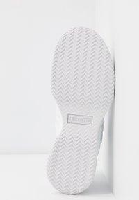 Converse - VOLTAGE - Sneakersy wysokie - white - 8