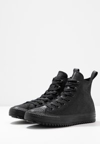 Converse - CHUCK TAYLOR ALL STAR HIKER  - Sneakers high - black - 4